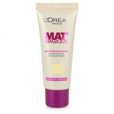 Loreal Mat Magique Mattifying Foundation - 03 Light Sand.